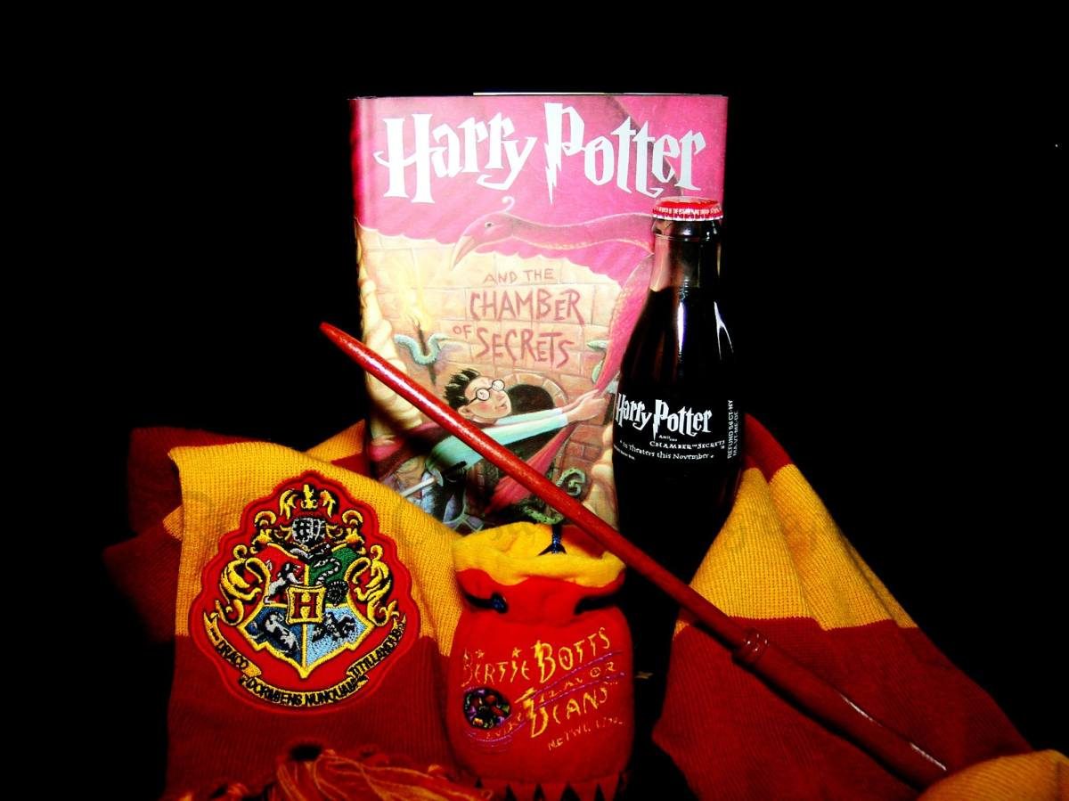 Happy 40th Birthday, HarryPotter!